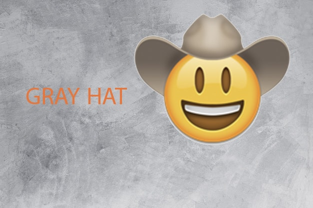 فقط کلاه سفید یا کلاه خاکستری کمرنگ؟